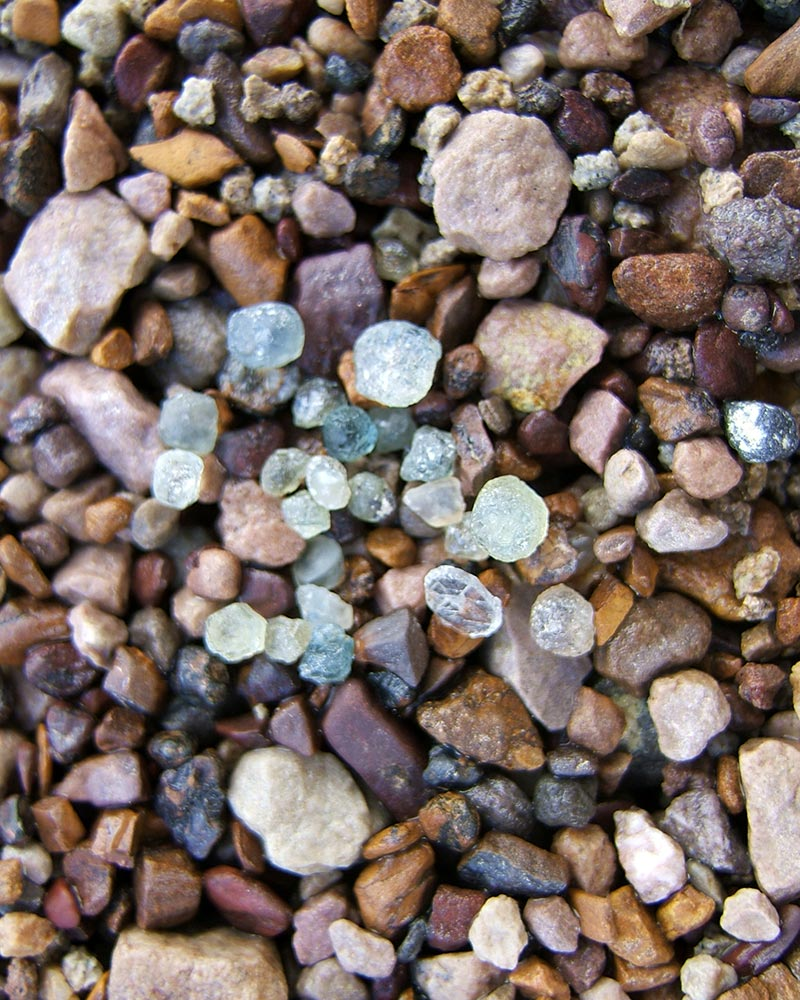 Sapphire Gravel & Mine | Gem Mountain Sapphire Mine